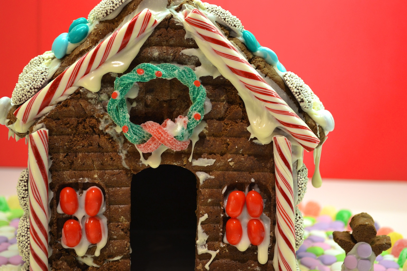 Gingerbread house decorating icing